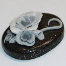 Grey Roses on Silver Gold Speckled Black Cabochon